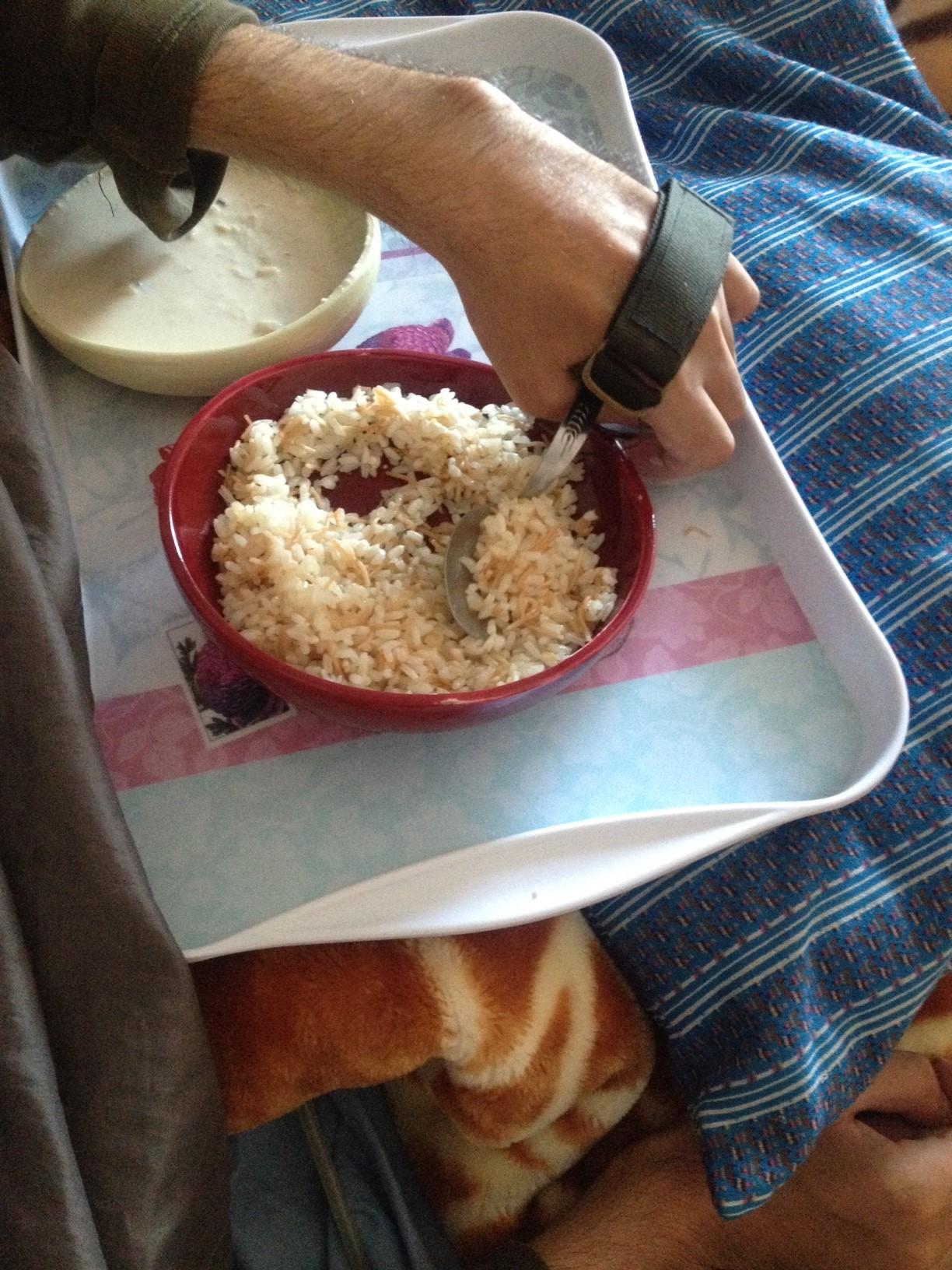 試作品自助皿とカフ